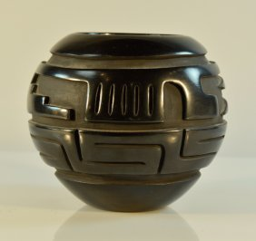 Indian Santa Clara Black Pottery Vase