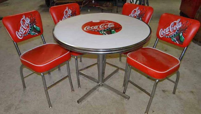 Coca cola table chair set lot 311 - Coca cola table and chairs set ...