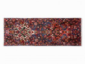 Bakhtiari, Rug With Stylized Floral Pattern, Iran,