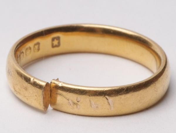 New fashion wedding ring 22 karat gold wedding ring
