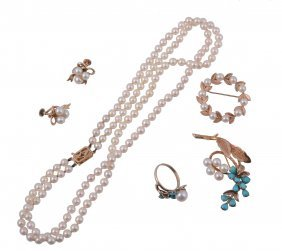 A Small Selection Of Cultured Pearl Jewellery, To
