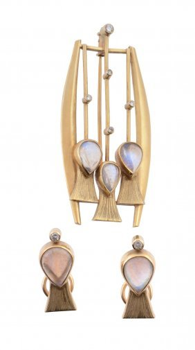 An 18 Carat Gold, Moonstone And Diamond Stylised