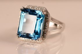 14k White Gold Diamond & Blue Topaz Ring