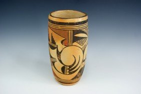 A HOPI INDIAN POTTERY VASE