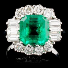 18k W Gold 2.80ct Emerald & 1.00ctw Diamond Ring