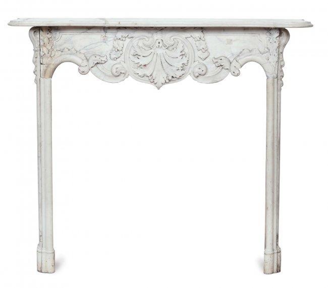 Camino Luigi Filippo in marmo bianco, XIX secolo : Lot 18