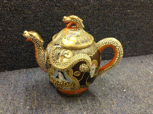 Hand Painted Japanese Teapot W Dragon Motif Lot 131