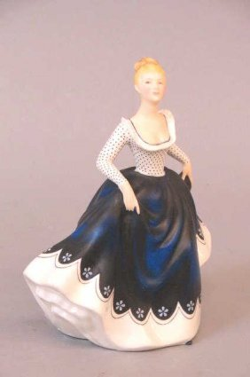 "Royal Doulton Figurine ""lisa"","