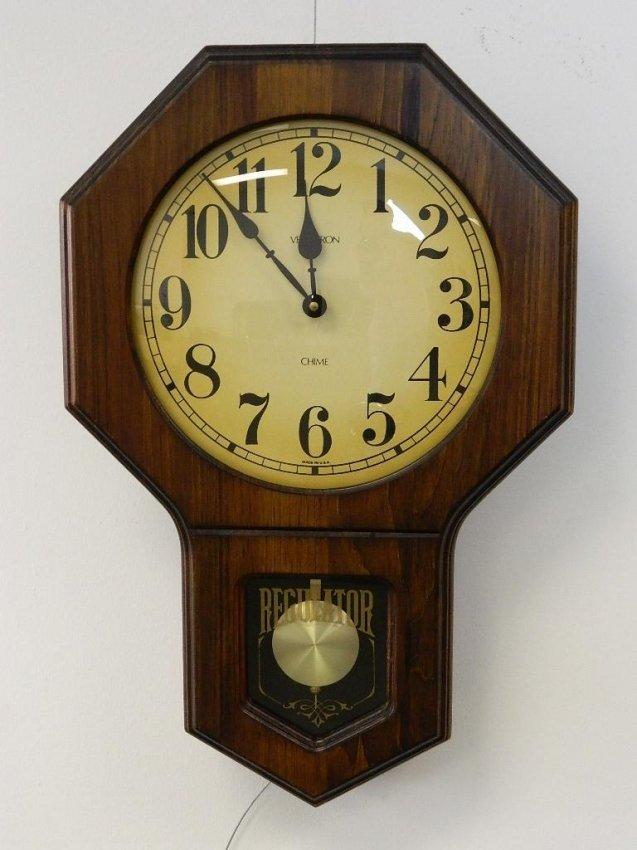 Wood Verichron Chime Regulator Hanging Wall Clock Lot 115