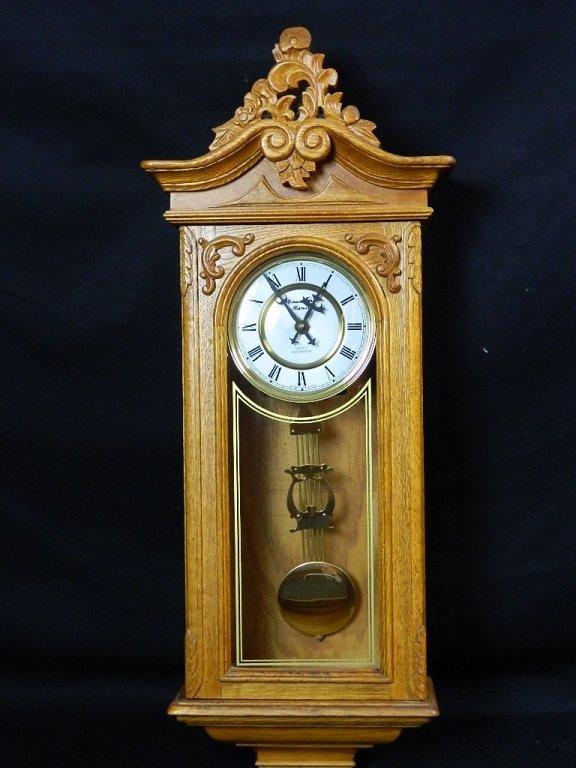 Pendulum Strausbourg Manor Hanging Wall Clock Lot 124
