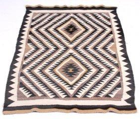 Navajo Crystal Eye Dazzler Rug 20th Century