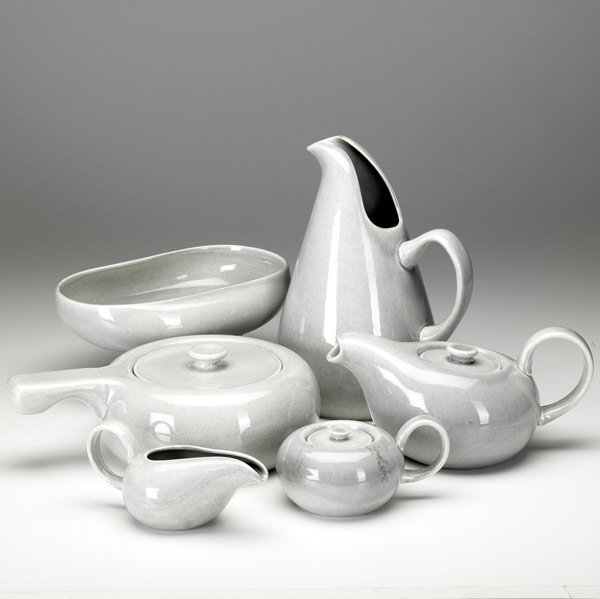 american modern dinnerware by russel wright design for everyone Be still my heart good design is for everyone - russel wright pinterest russel wright american modern dinnerware by bauer pottery and the sculptural pony.