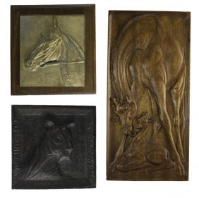 Plaques & Medallions Of Animals