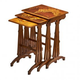 Galle Nesting Tables