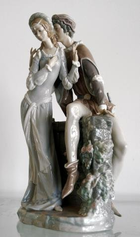 """LLADRO PORCELAIN FIGURE, """"LOVERS FROM VERONA"""", #1250."""