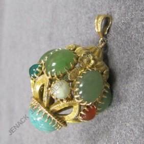 .750 YELLOW GOLD HARDSTONE MOUNTED CHARM