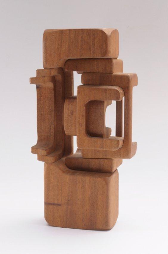 M s de 1000 im genes sobre esculturas en madera en pinterest - Esculturas de madera abstractas ...