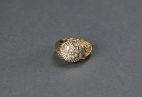 14 Karat Yellow Gold Diamond Star Ring.