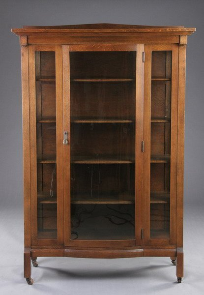 1557 American Mission Style Oak China Cabinet Early 2