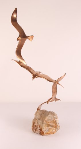 Curtis Jere Desktop Sculpture Of Flying Seagulls