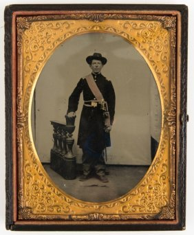 Civil War 1/2 Plate Colored Tintype Union Officer