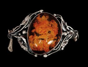 CONTINENTAL SILVER AND AMBER BRACELET