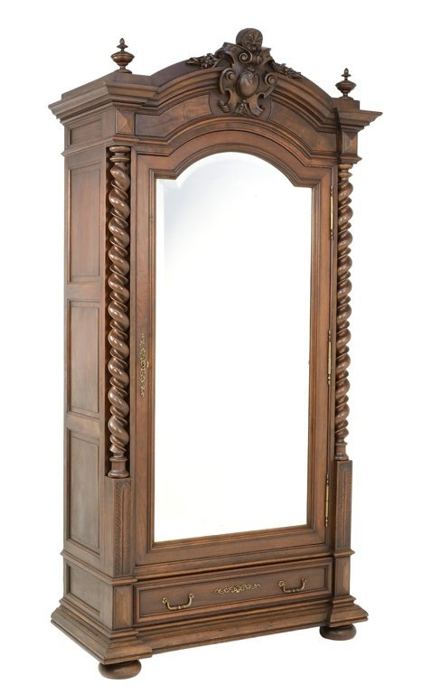 A BAROQUE REVIVAL STYLE MIRRORED ARMOIRE WITH SHIELD  Lot 103 -> Armoire Style Baroque