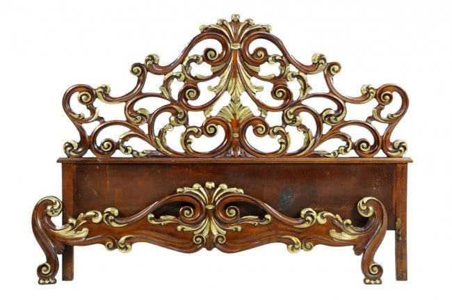 An italian baroque style parcel giltwood bed lot 307 for Baroque style bed