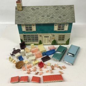 Marx Metal Dollhouse With Furniture And Cars