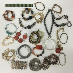 Jewelry: Bracelets, Mother Of Pearl, Gemstones, Beads