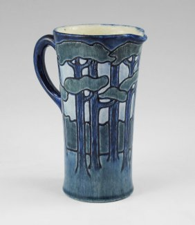 SARA BLOOM LEVY NEWCOMB COLLEGE POTTERY PITCHER 5.