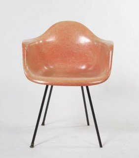 A Herman Miller Fiberglass Chair, Height 30 3/4 I