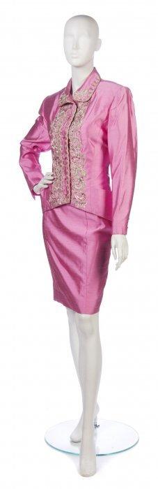 A Chloe Pink Silk Evening Skirt Suit, Size 10.