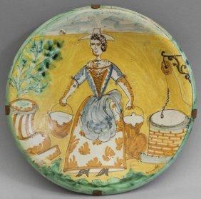 Piatto In Ceramica Policroma Con Al Centro Dama