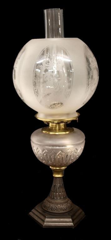 Antique Victorian Banquet Oil Lamp Cherub Globe Lot 273