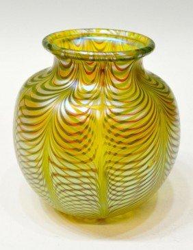 ORIENT & FLUME ART GLASS VASE, 1982