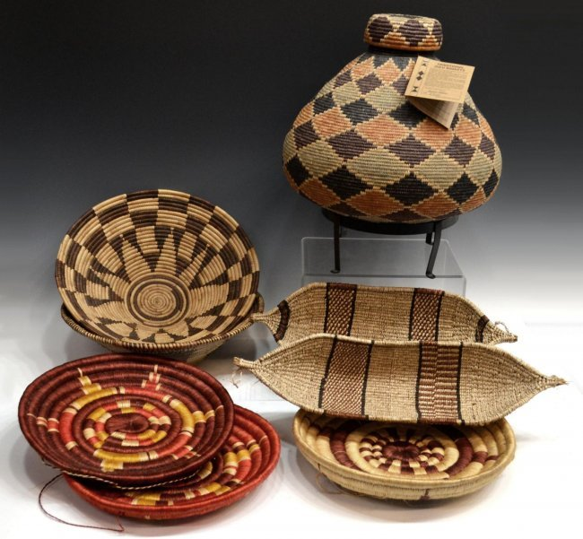 African Woven Baskets: 10: (8) COLLECTION OF VINTAGE AFRICAN WOVEN BASKETS : Lot 10