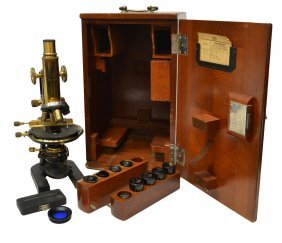 ANTIQUE CARL ZEISS MICROSCOPE & CASE
