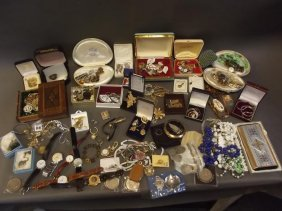 A Large Quantity Of Costume Jewellery Etc Including
