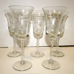Vintage Finely Etched Wine Glasses Cordials Stemware