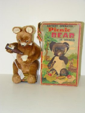 BOXED ALPS BATTERY OPERATED PICNIC BEAR