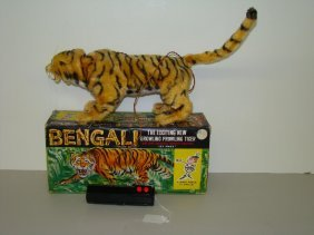 BOXED MARX BATTERY OPERATED BENGALI TIGER