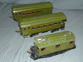 Ives 3235 Loco And 2 Passenger Cars