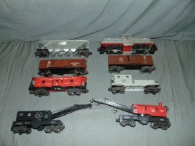 8 Piece Lionel Train Lot