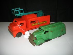 STRUCTO US HIWAY SERVICE TRUCK & WYANDOTTE CAR