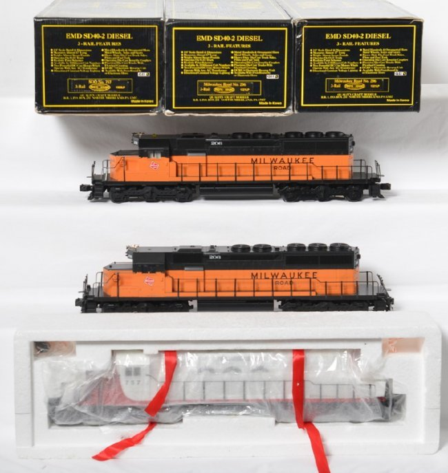 3 Weaver Sd40 2 Locos Soo And Milwaukee Road With Proto