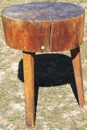 primitive round 3 leg butcher block table lot 27. Black Bedroom Furniture Sets. Home Design Ideas