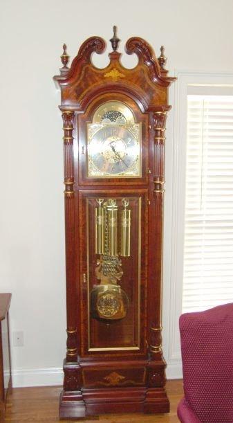 138 Charles R Sligh Grandfather Clock Model 0233 Lot 138