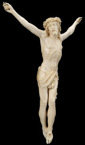 EXCEPTIONAL CARVED IVORY CORPUS CHRISTI , 18TH C.