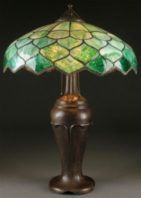 A Handel Leaded Glass Lamp, Early 20th Century.